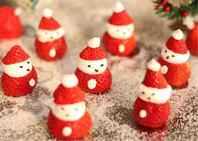 草莓糖雪人