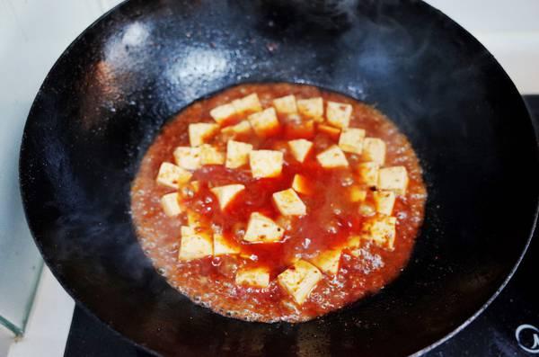 麻婆豆腐煮豆腐