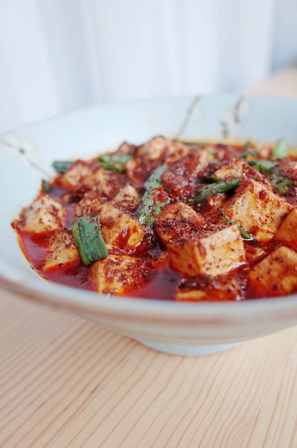 麻婆豆腐装盘