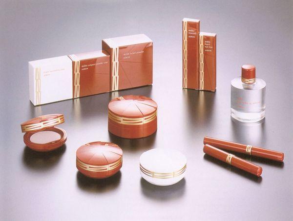 检验化妆品好坏的简易方法