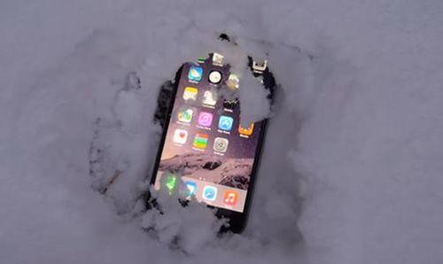 为什么智能手机在低温下会自动关机