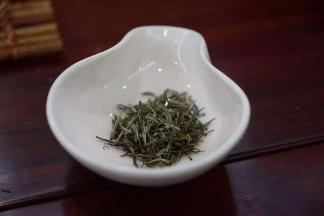 中山陵园林茶厂的雨花茶干茶