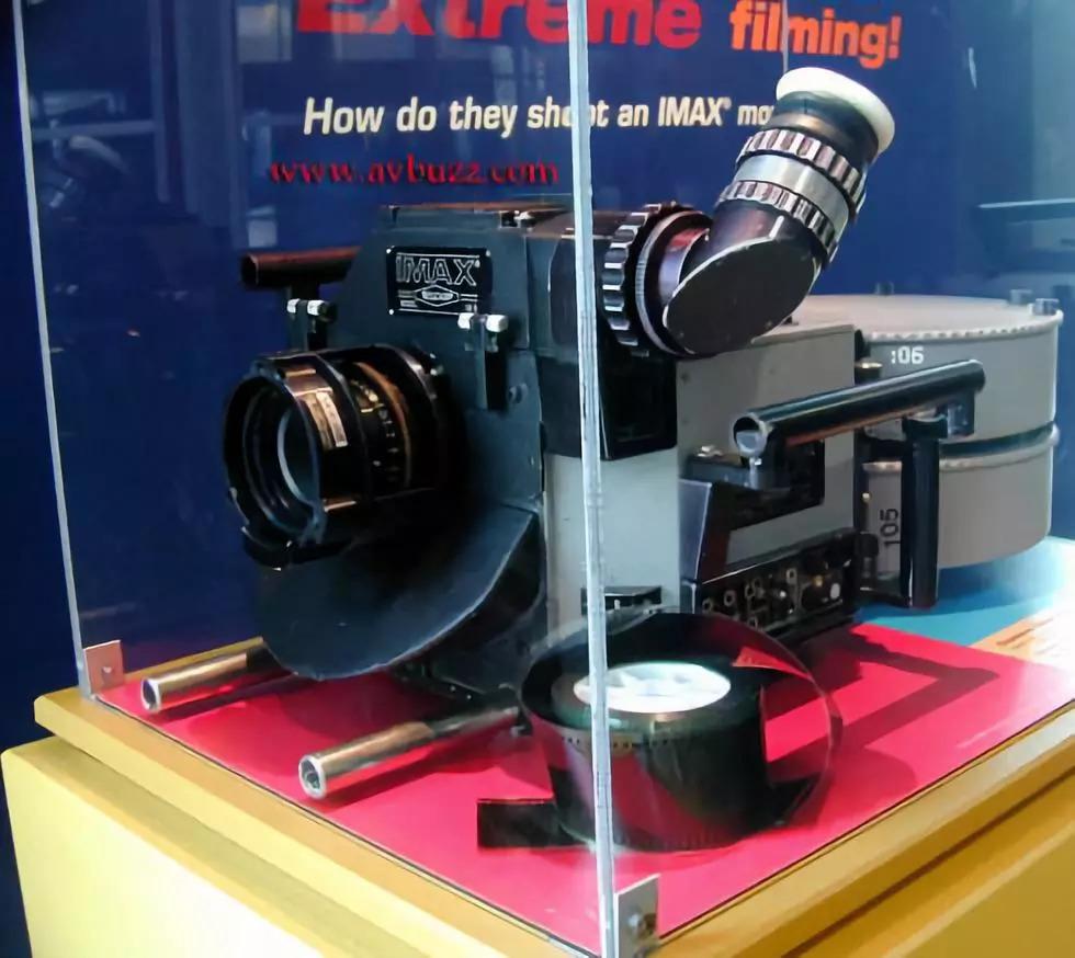 IMAX摄影机