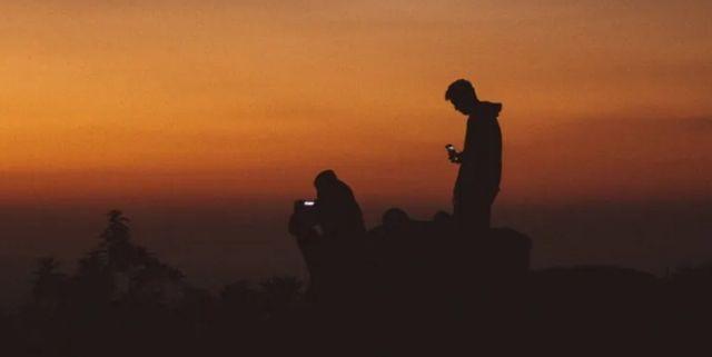 33年进化:当手机嵌入人生